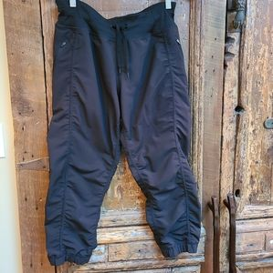 Crop cargo pants
